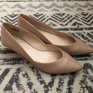 Nine West low heel pointed toe wedge 8.5